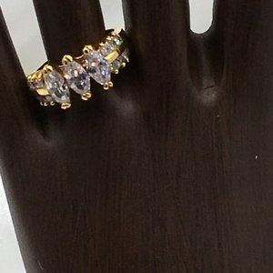 Premier Designs Ring Gold Plate Clear Rhinestones